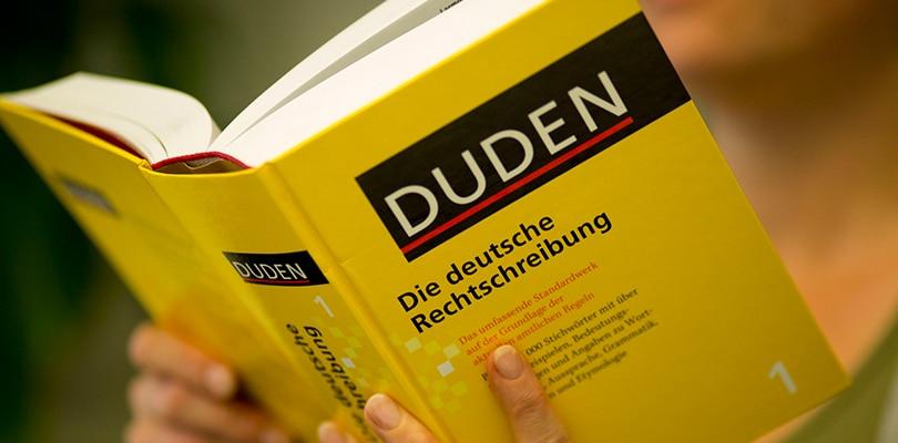 ",,Kolebljive"" imenice nemačkog jezika"